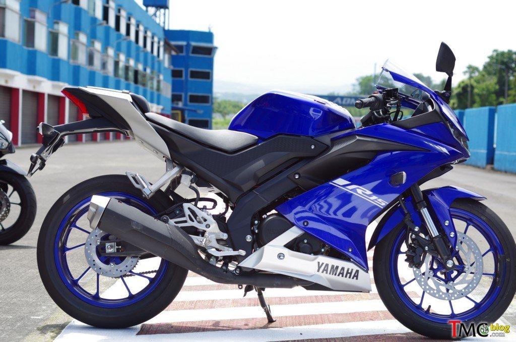 2017-Yamaha-R15-8_tmc