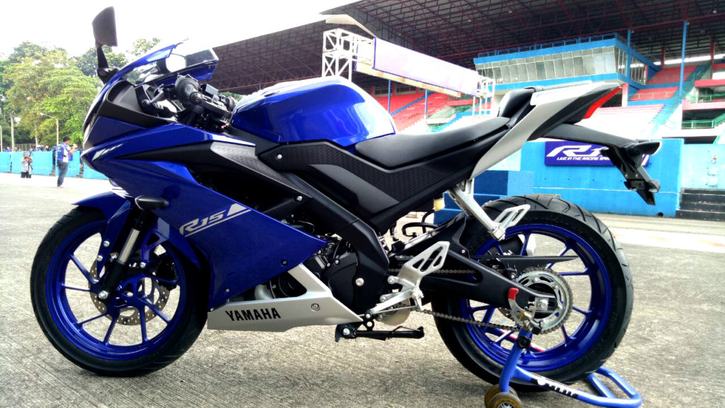 23012017-Moto-Yamaha-R15_04b_sukanyamotor