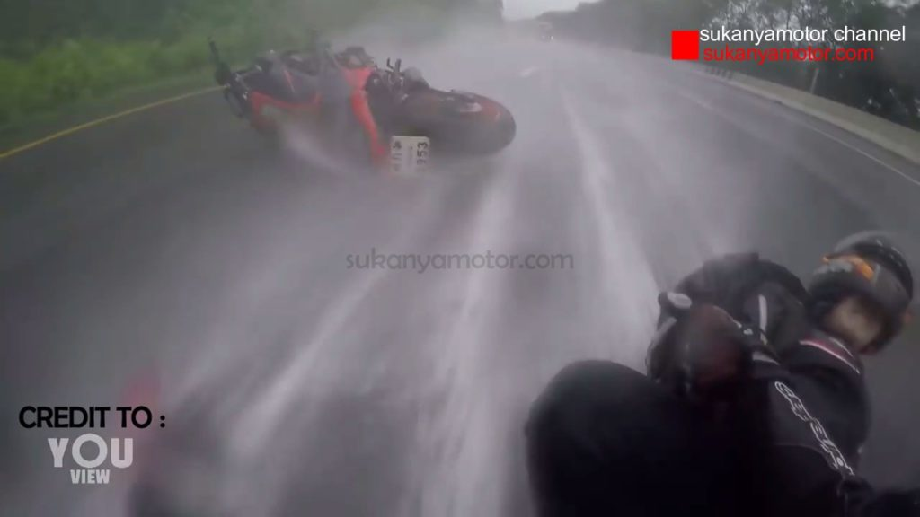 Epic_save_from_fatal_crash_03