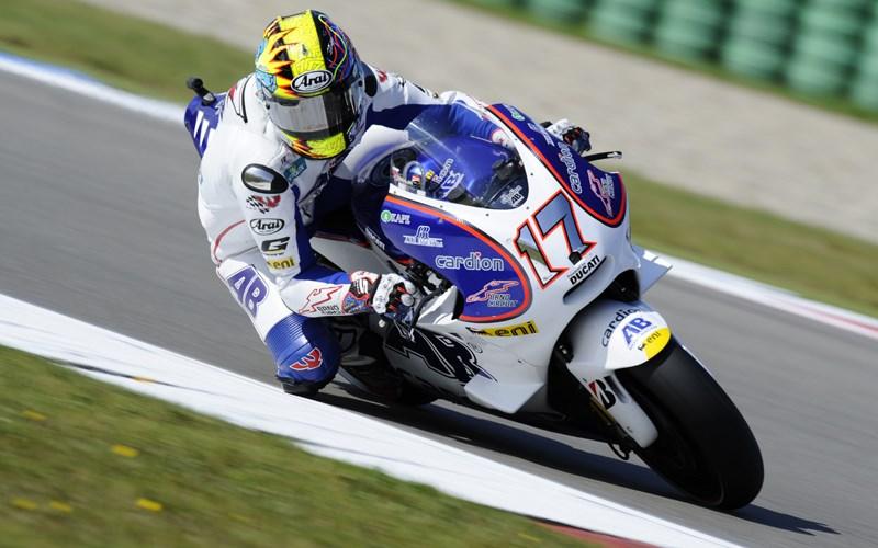 Bagi Karel Abraham, Valentino Rossi masih cukup kompetitif