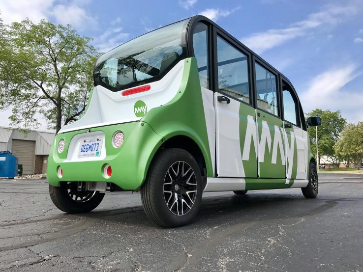 bentuk akhir mobil autonomous yang terinstal May Mobility