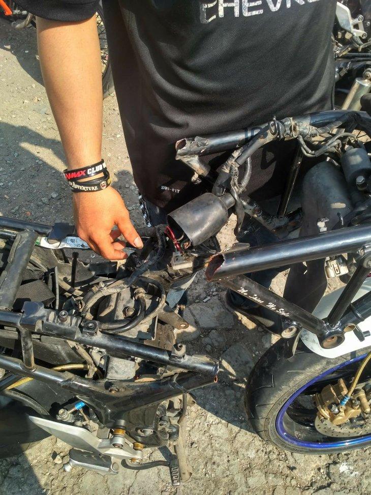 Contoh kasus Honda CB150R Patah. Foto: Rangga Yudhistira