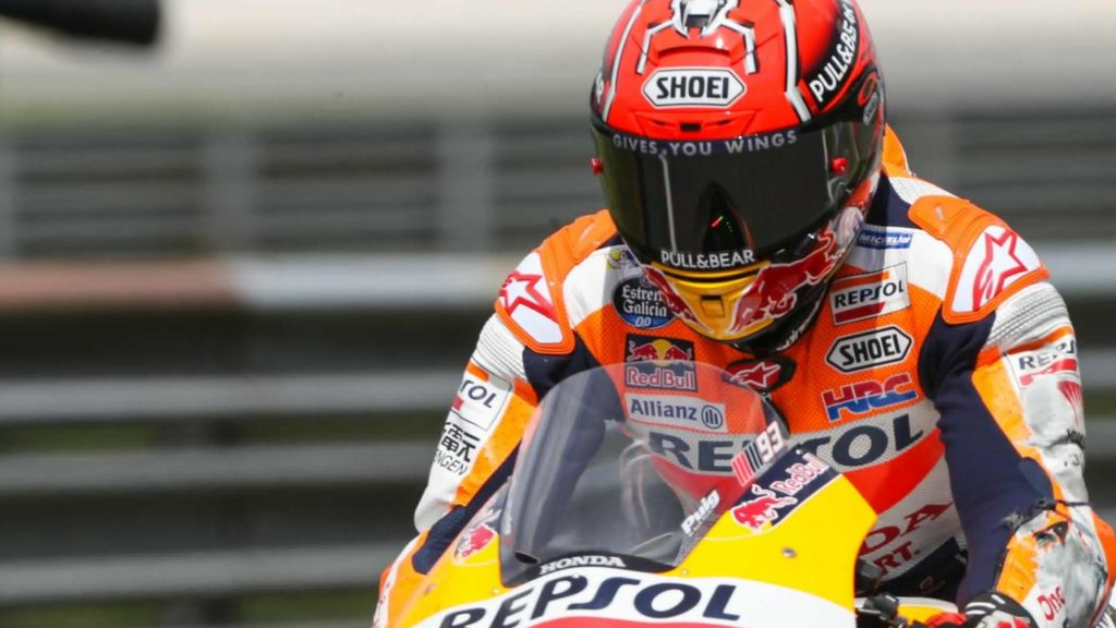 Marc Marquez juara dunia motoGP sebanyak 4x bersama Honda Repsol Corporation dengan kepala Tim Livio Suppo