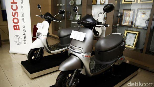 Viar Q1, motor listrik asli Semarang ini ternyata laris manis di pasaran