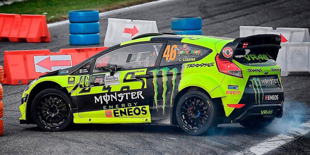 Valentino Rossi beraksi diajang Monza Rally