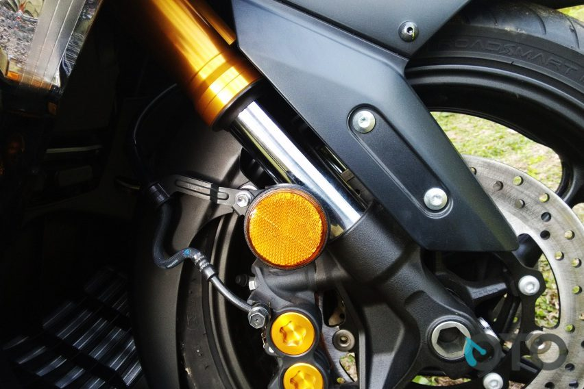Piranti pengereman depan Yamaha TMax DX sudah double disk brake