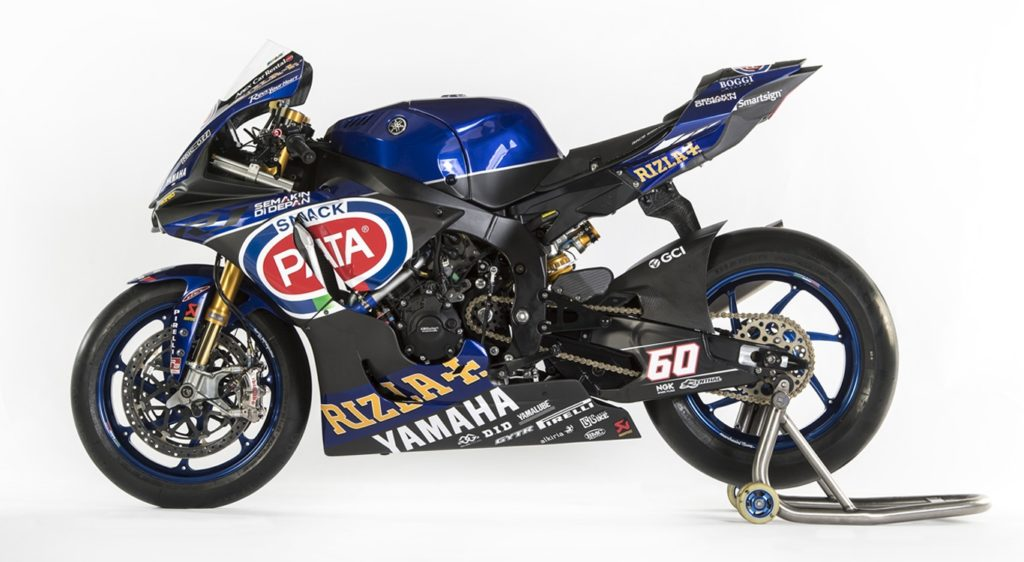 "Tagline ""semakin didepan"" pada motor tim Pata Yamaha Official WorldSBK"