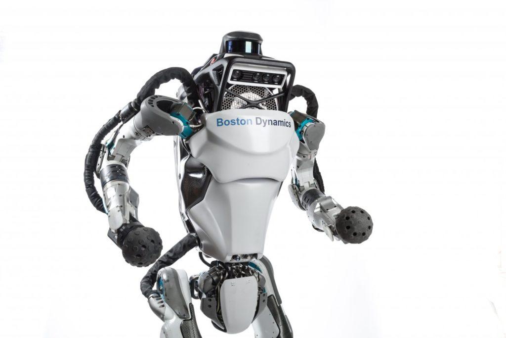 Robot ATLAS, bisa berlari, meloncat bahkan salto